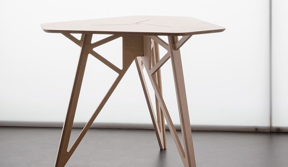 Half Sheet Table