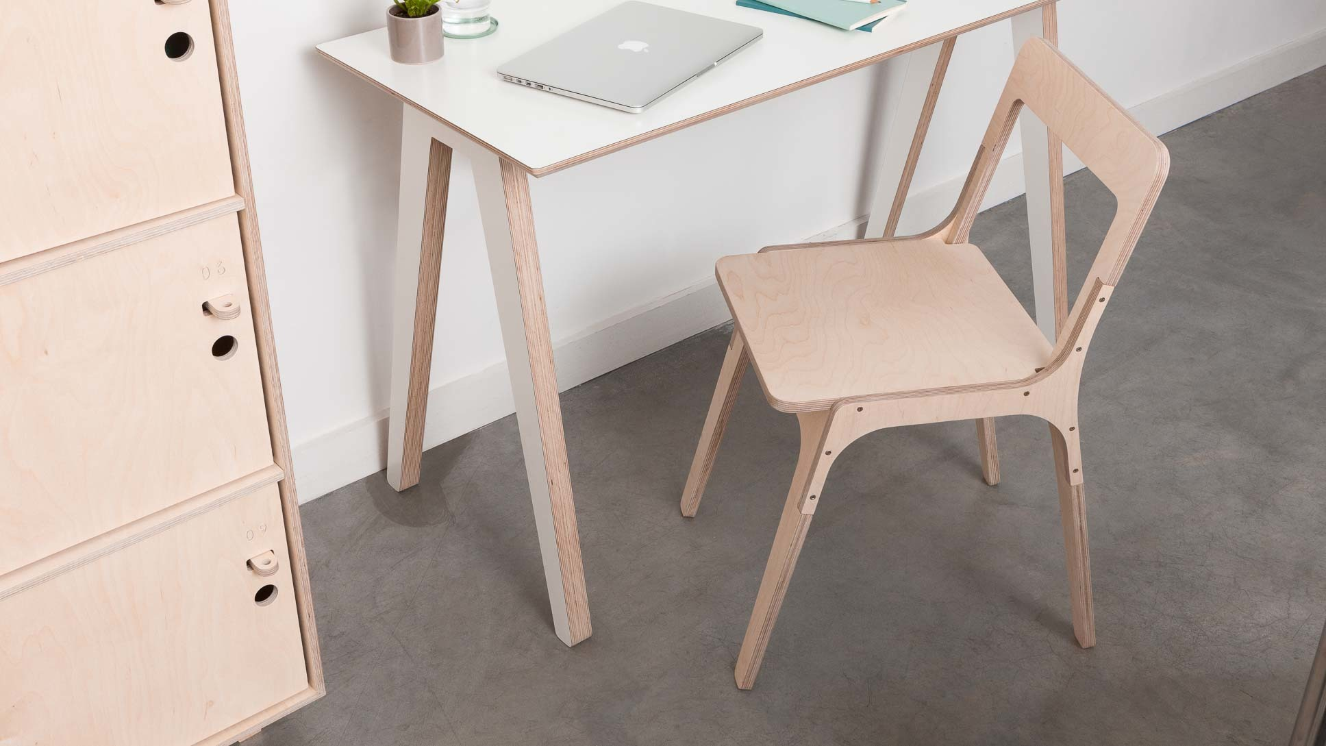 Ordinaire Slim Chair