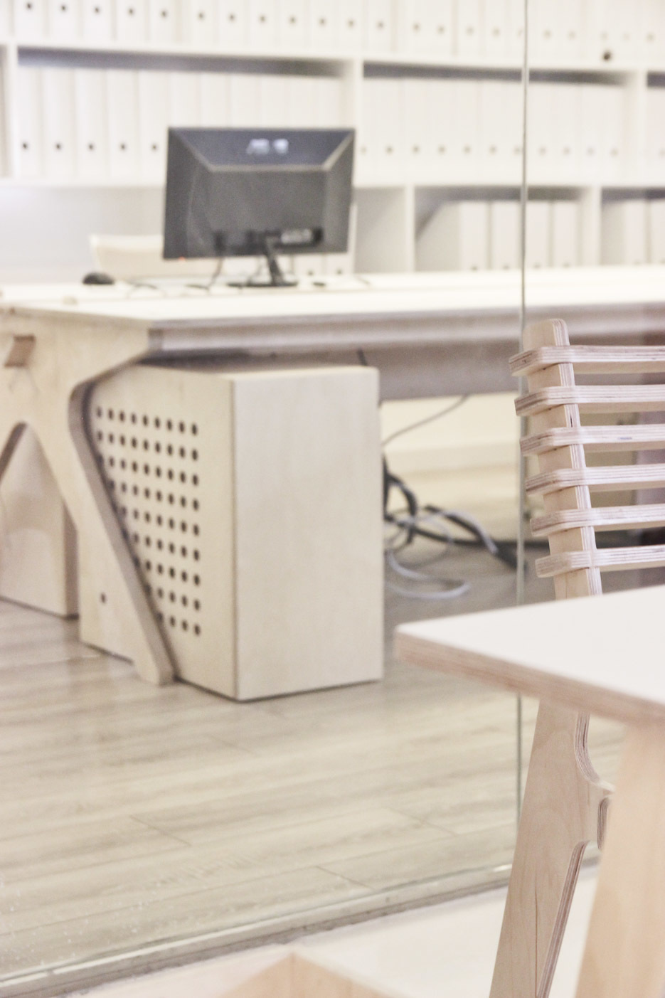Mill Architects studio with Lean Desks and Valovi chairs